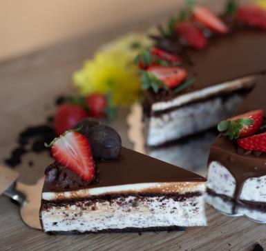 Торта със свеж чийзкрем