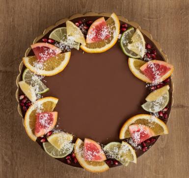 Chocolate and figs /vegan/